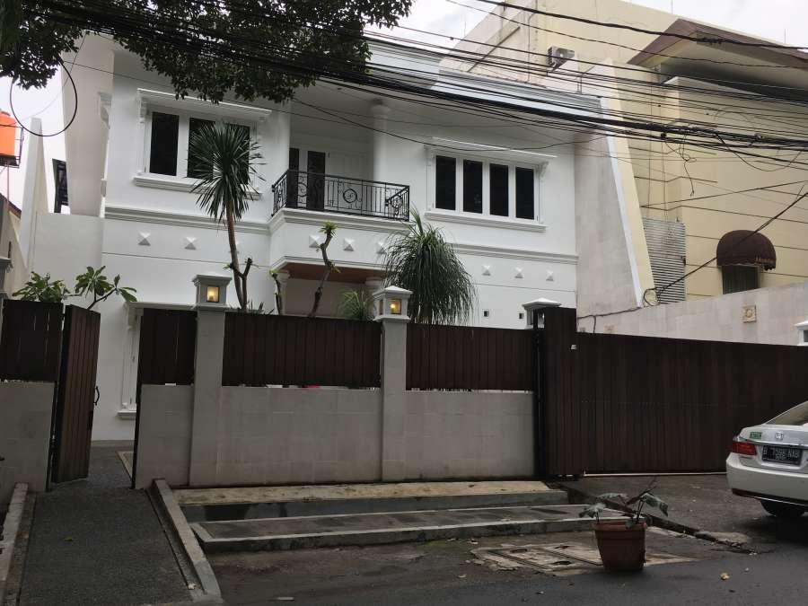 Disewakan Rumah di daerah JAKARTA SELATAN - Jalan Erlangga ...